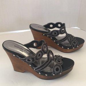 d9e99d37a041 Isabella Fiore Shoes - New Isabella Fiori gray cut platform wedge sandals